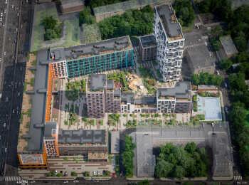 Вид на жилой комплекс с высоты птичьего полета